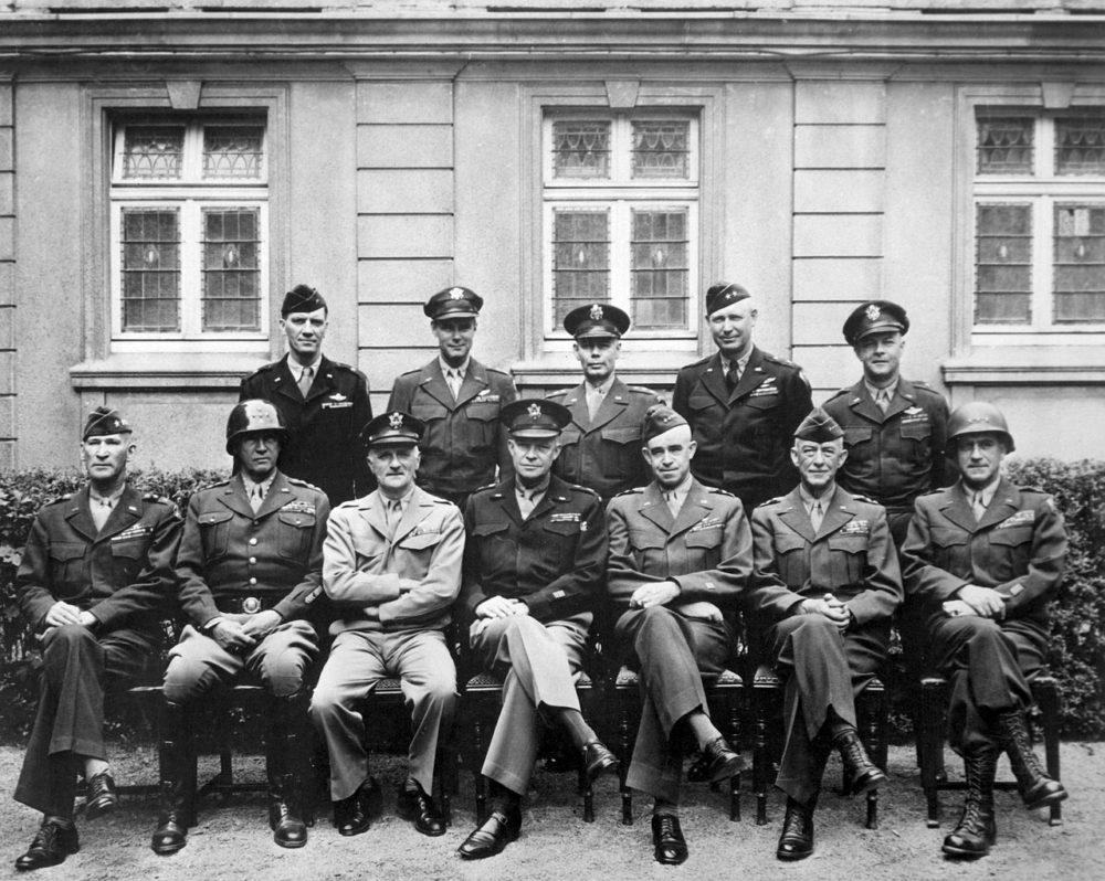 アイゼンハワーと同盟国将軍たち